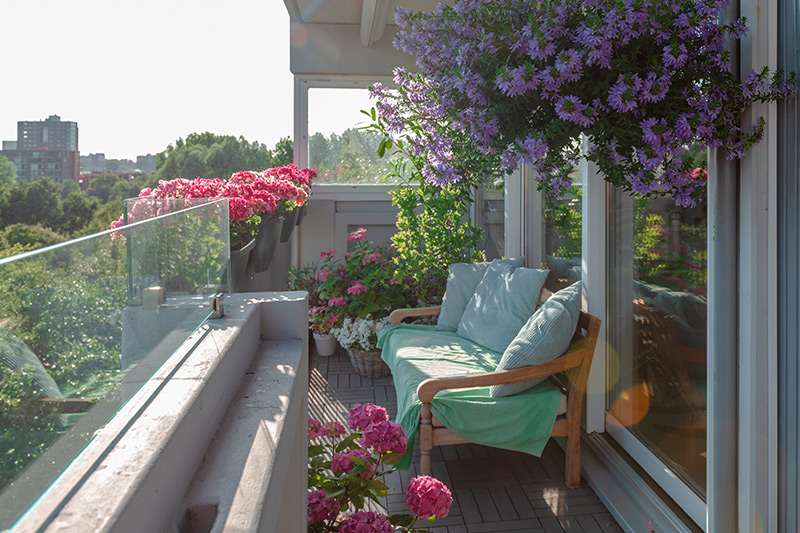 Balcony decor idea which opens out to a great view of the city with making it a great balcony