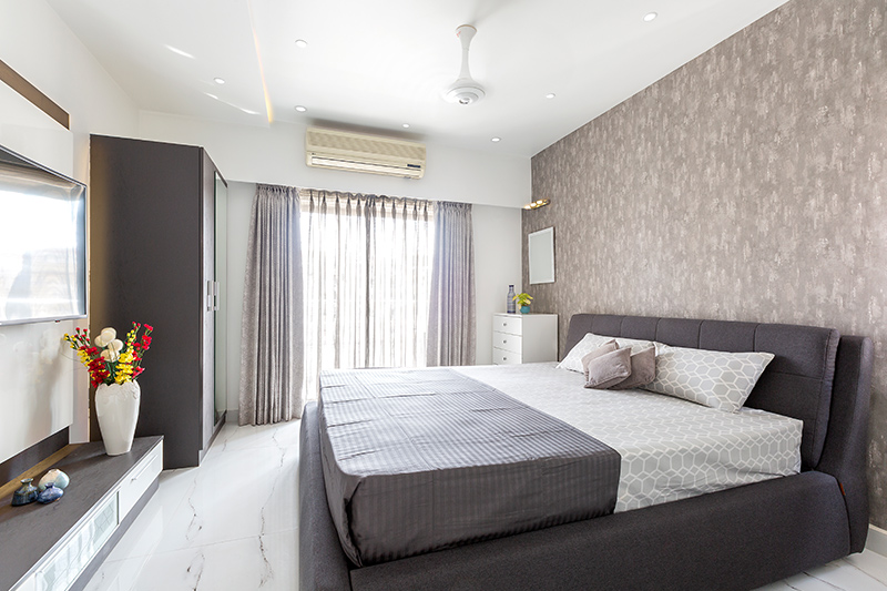 Bathroom floor tiles design where marble makes a luxurious statement for bedroom flooring ideas
