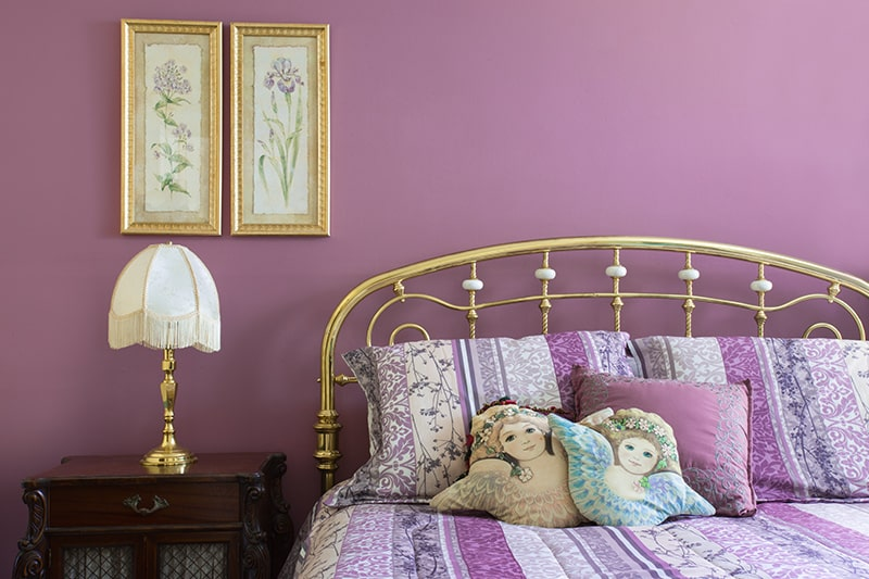 Paint colour combination for bedroom with purple to do the right balance, with splashes of red, turquoise