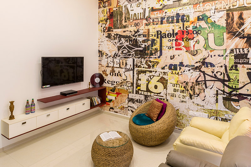 Modern living room furniture ideas with a beautifully designed wall clock and  gorgeous hand-stitched cushion for modern living room designs