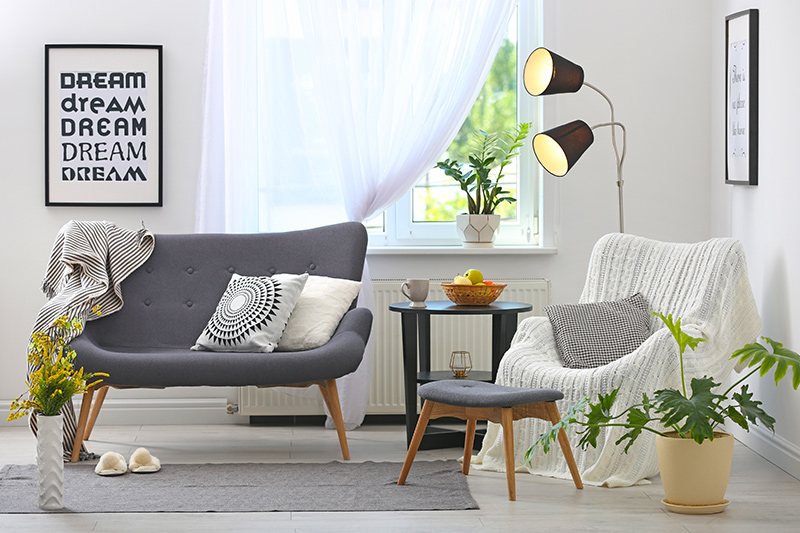 Small house interior design living room try making home inspiring and enjoyable with an elegant and inviting space.
