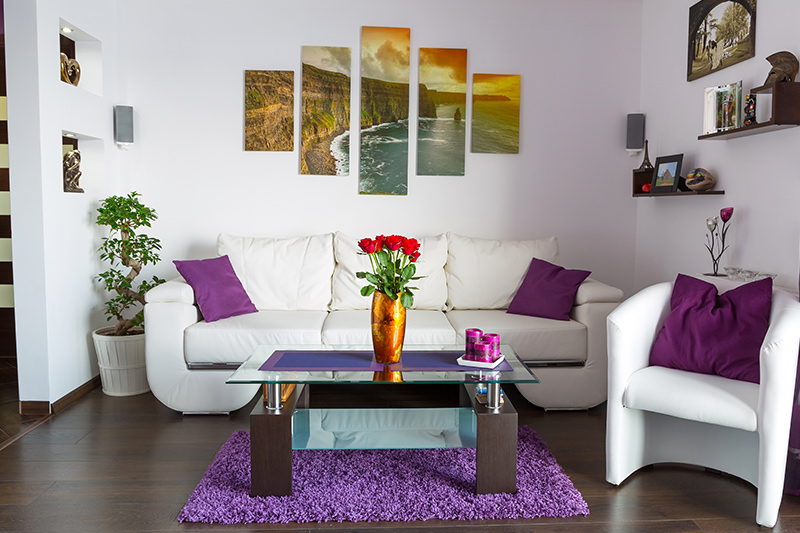 Accent wall ideas for small living rooms try pretty artwork where it helps you bring your living room to life.